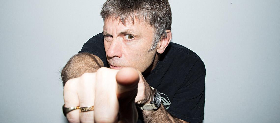 Bruce Dickinson dá pistas sobre concerto de Iron Maiden com Orquestra
