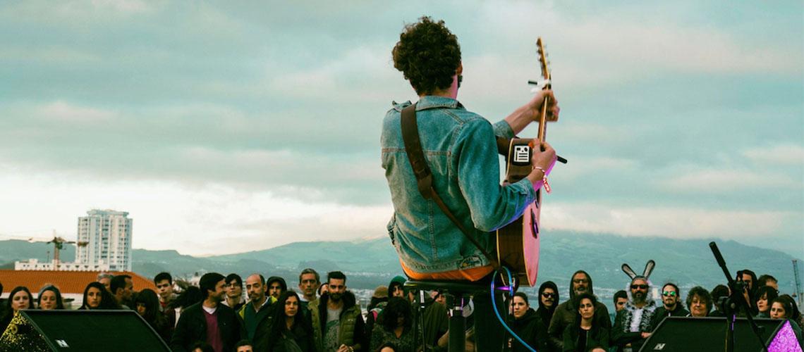 Festival itinerante Um Ao Molhe 2020 com Acid Acid, Joana Guerra, Mr. Gallini ou Violeta Azevedo