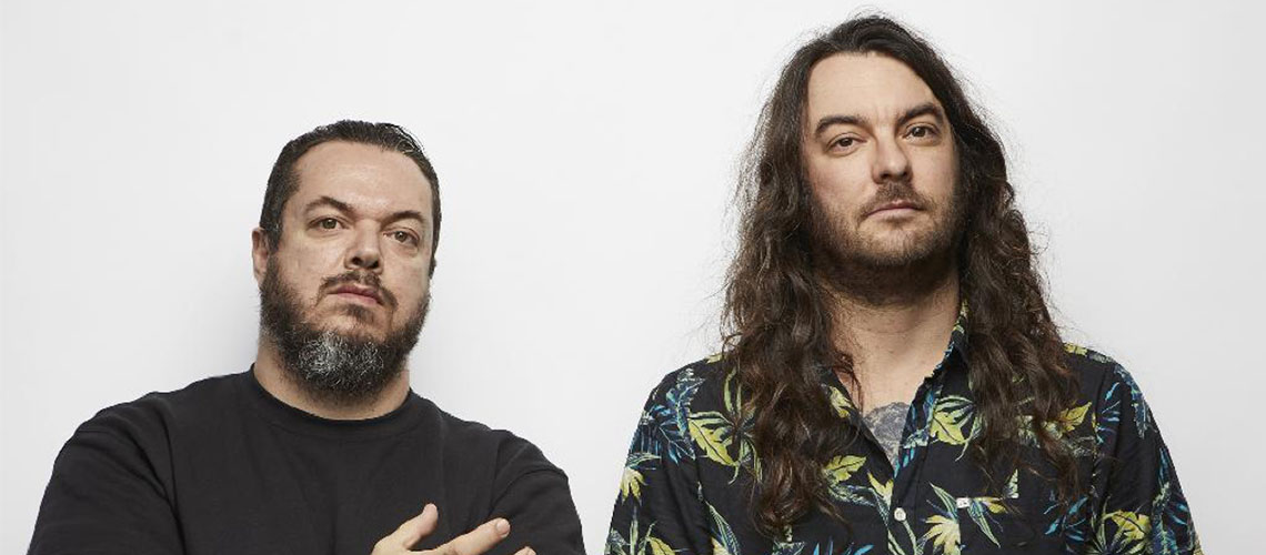 Petbrick: Música Experimental, Espírito Punk e Perigo ao Vivo