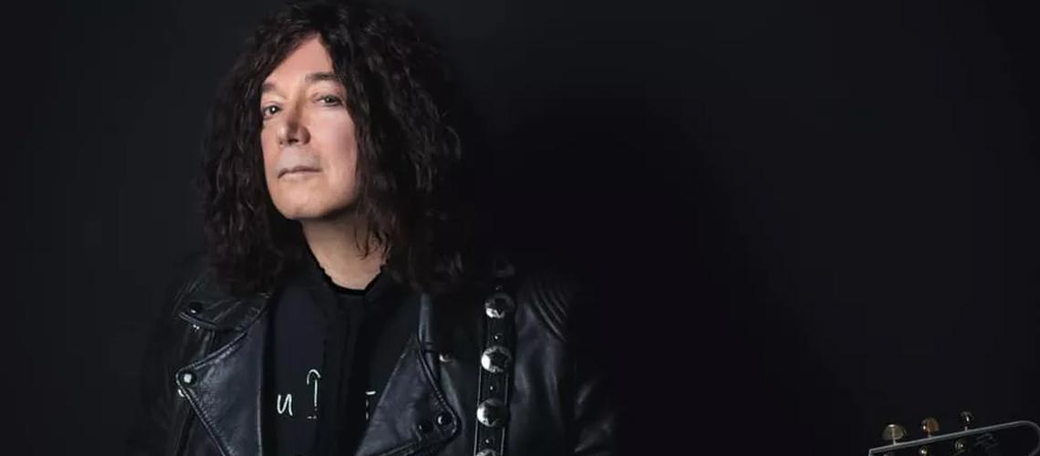 """Alan Merrill, compositor de """"I Love Rock And Roll"""" morre com Coronavírus"""