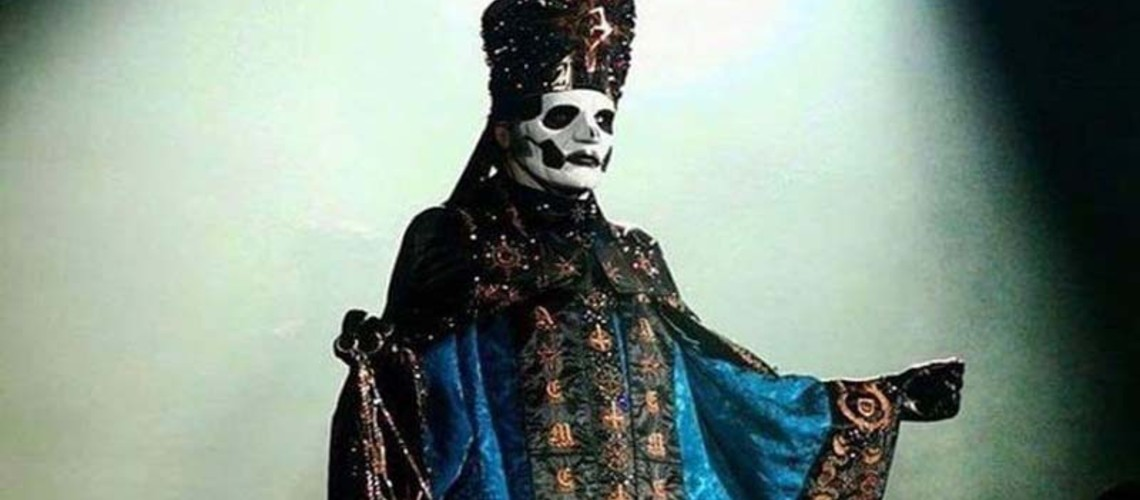 Ghost, Cardinal Copia Torna-se Papa Emeritus IV