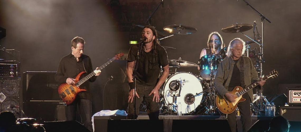 Foo Fighters publicaram o concerto em Wembley em 2008 que contou com a presença de membros dos Led Zeppelin