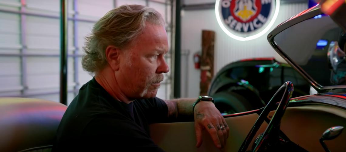 Vídeo: Conhece a colecção de carros clássicos de James Hetfield, dos Metallica
