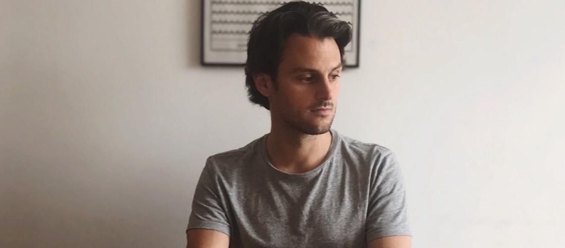 """Household Mixology, um """"YouTube-record"""" de quarentena por Pedro Lucas (Medeiros/Lucas)"""