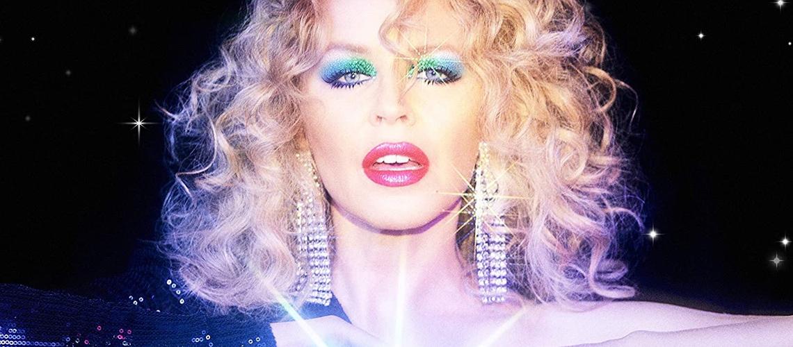 Kylie Minogue Aprende a Trabalhar no Logic Pro e Grava Disco em Casa