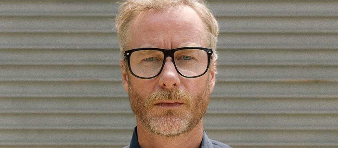 """Distant Axis"", o novo single a solo de Matt Berninger dos The National"