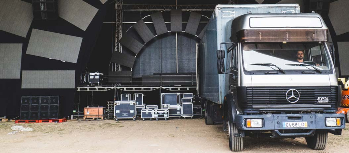 Empresa de montagem de concertos e eventos ameaça Lisboa com cerco de camiões
