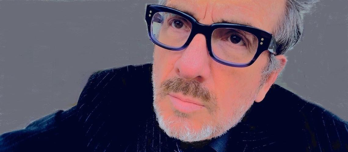 """""""Phonographic Memory"""" é o novo single de Elvis Costello"""