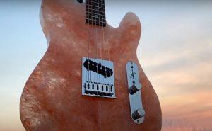 Burls-Art-Salt-guitar-header