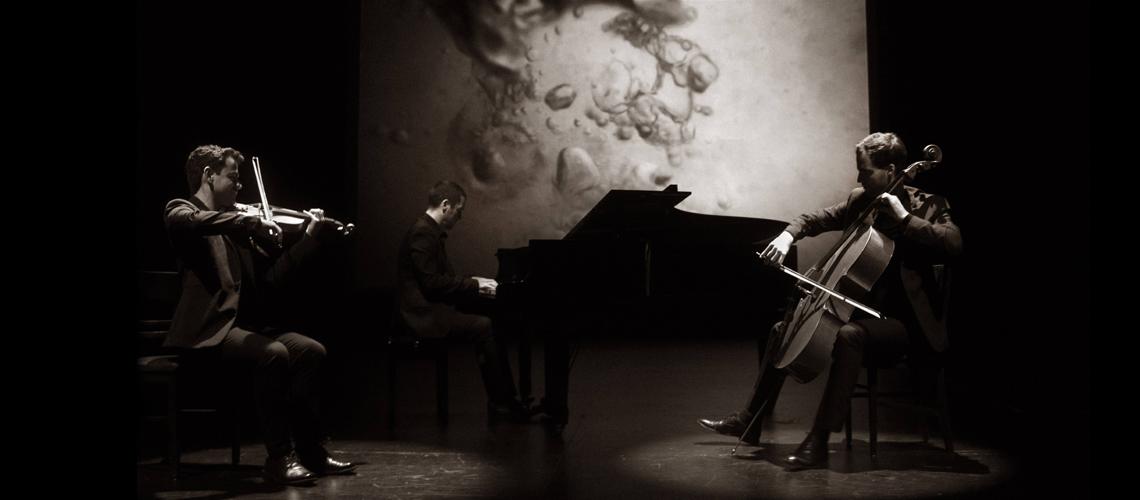 """Museu do Oriente apresenta """"2016"""" um concerto multimédia inspirado na obra de Ryuichi Sakamoto"""