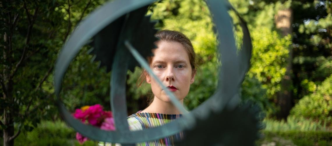 """""""The Language Shadow"""" é o novo álbum de Kass Richards das U.S. Girls"""