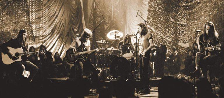 """""""MTV Unplugged"""" dos Pearl Jam chegou às plataformas de streaming"""