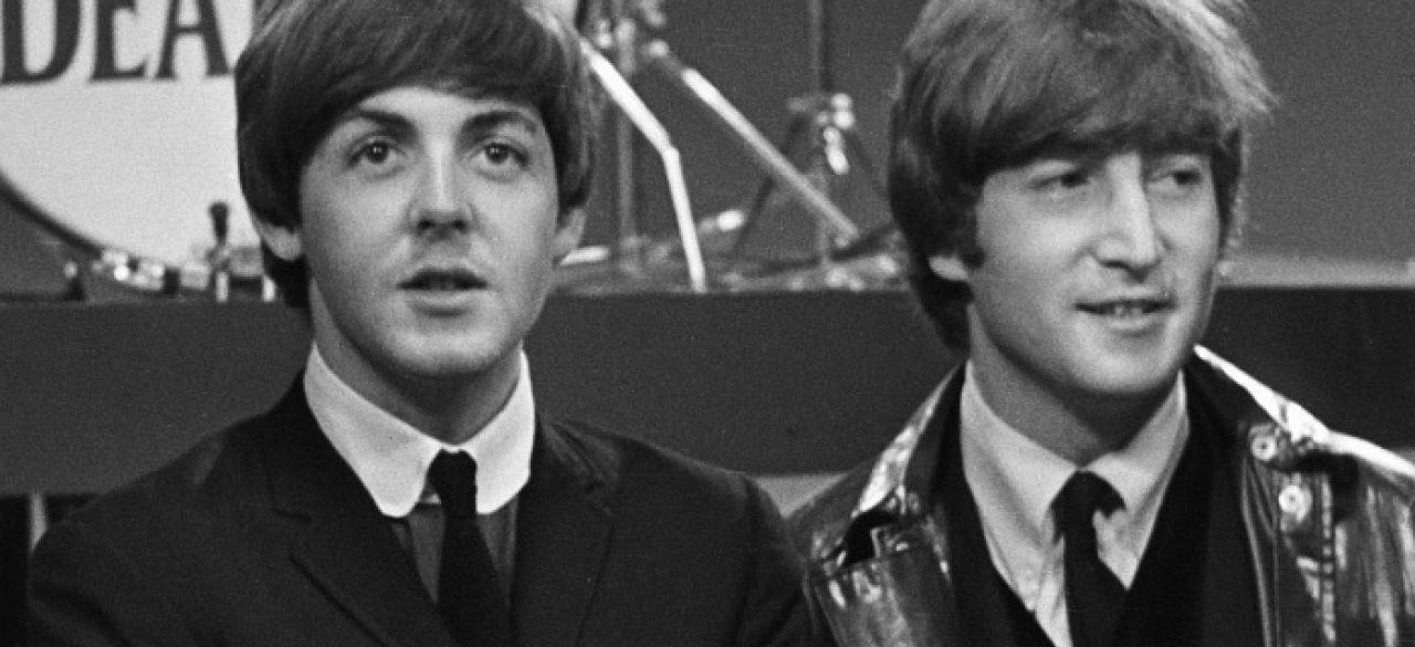 Paul McCartney Ainda 'Consulta' John Lennon Quando Escreve Novas Canções