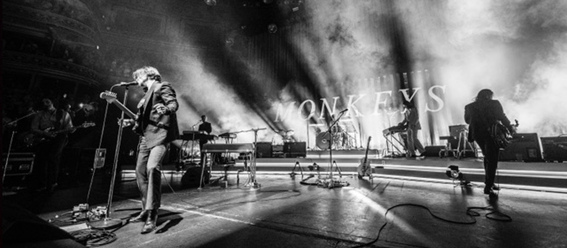 """Já podes ouvir """"505"""" dos Arctic Monkeys no Royal Albert Hall"""