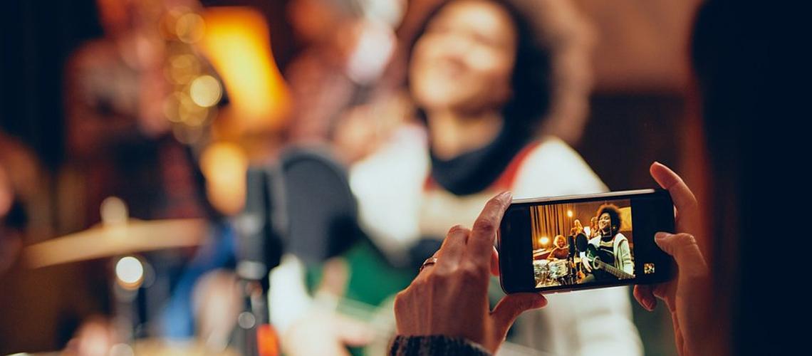 Cria-Te ao Vivo: Galp e Rock in Rio promovem live com artistas nacionais como Tim, Carolina Deslandes, Agir, entre outros