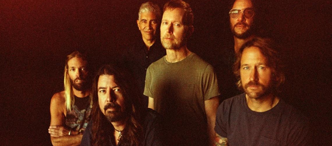 """Foo Fighters anunciam novo álbum com o single """"Shame, Shame"""""""