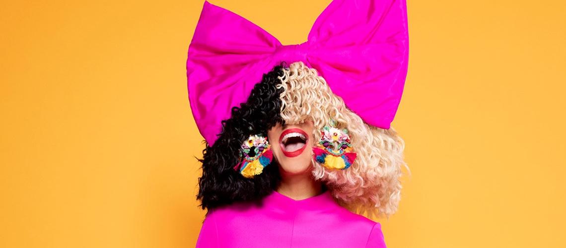 """""""Hey boy"""" é o novo single de Sia"""