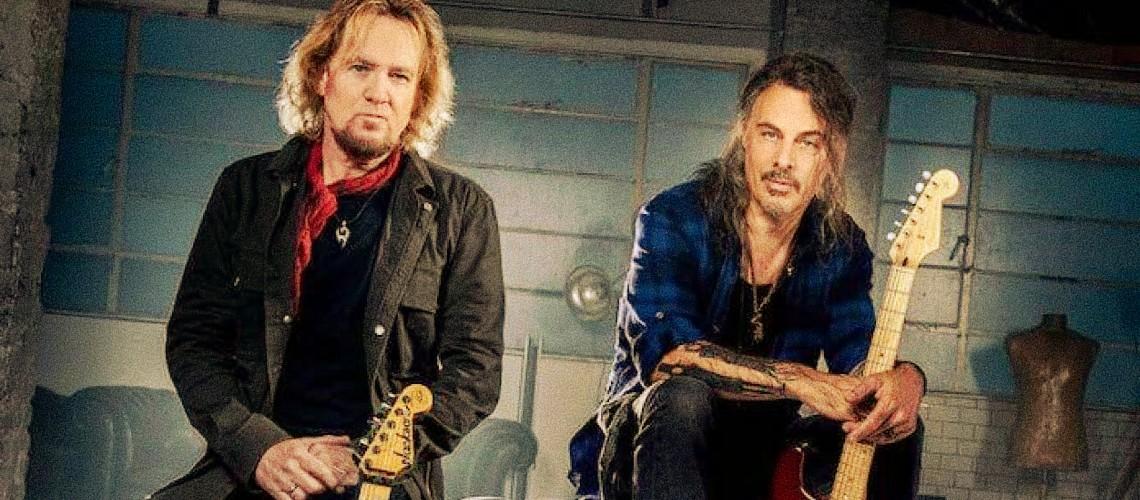 Álbum de Adrian Smith e Richie Kotzen Quase a Chegar