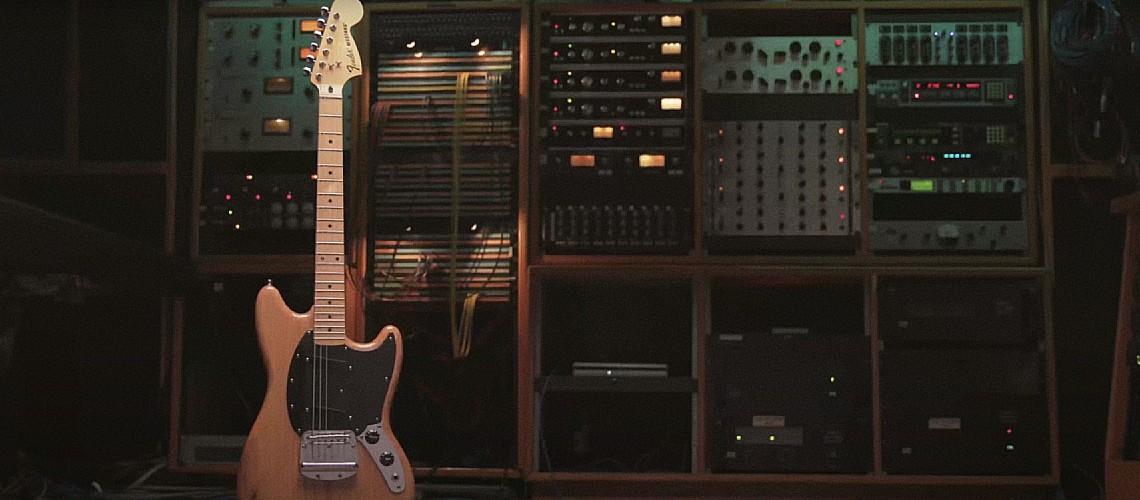 Ben Gibbard [Death Cab For Cutie] e a Sua Fender Mustang