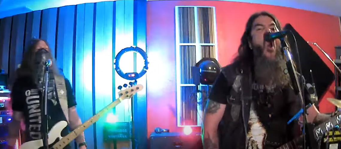 "Robb Flynn e Jared MacEachern [Machine Head] tocam álbum ""The Blackening"" na íntegra"