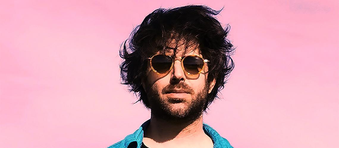 José dos Stuck in the Sound Estreia-se a Solo e Com Músicas em Português