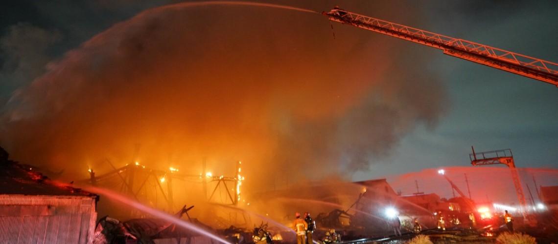 Incêndio Destrói Instalações da Boutique Amps Distribution