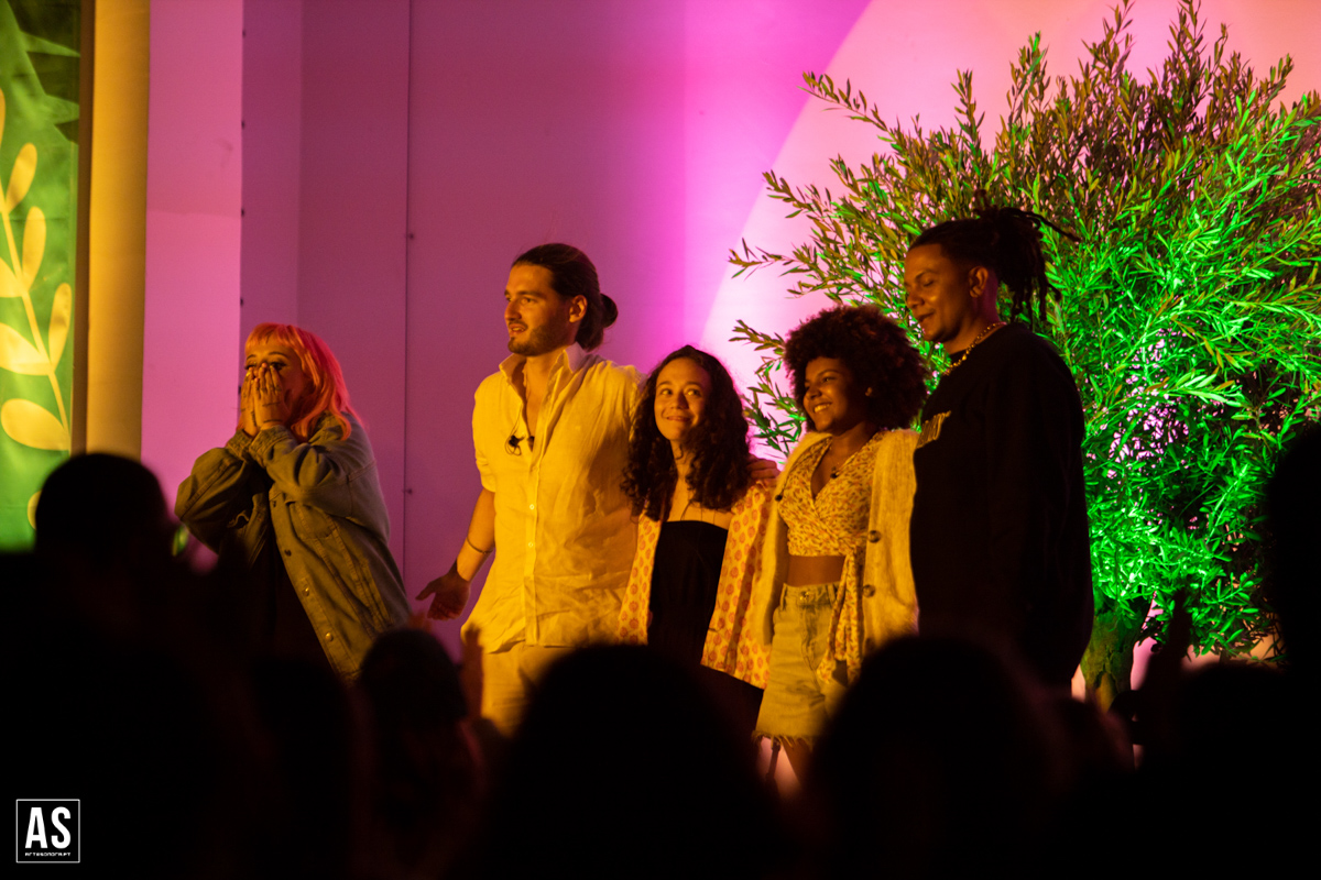 Fotoreportagem: Carolina Deslandes no Festival Lusco Fusco [2021]