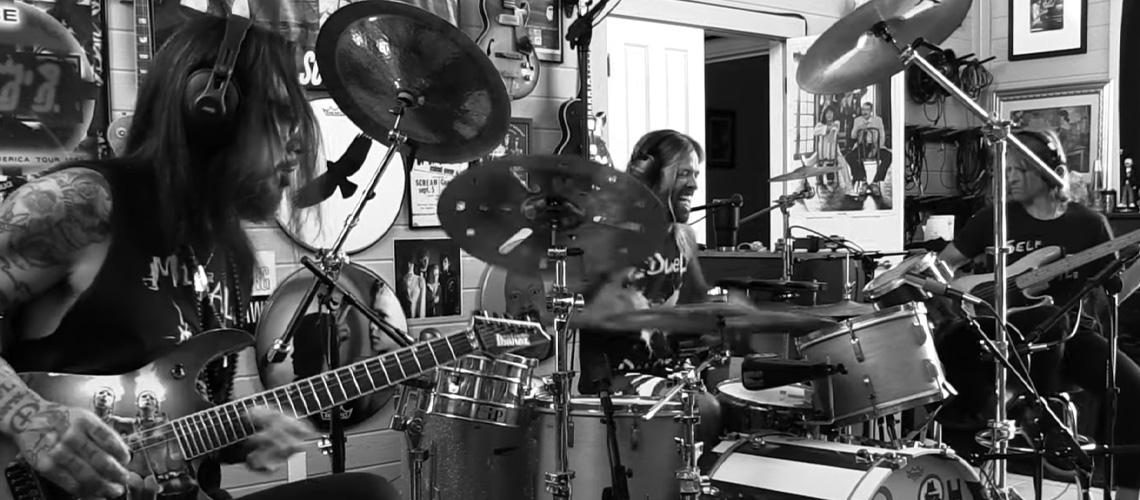 Taylor Hawkins e Dave Navarro Formam Banda e Partilham Duas Malhas