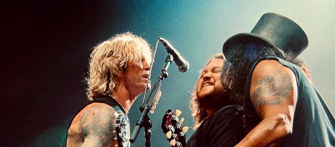 """Wolfgang Van Halen junta-se a Guns N' Roses para tocar """"Paradise City"""" ao vivo [Vídeo]"""