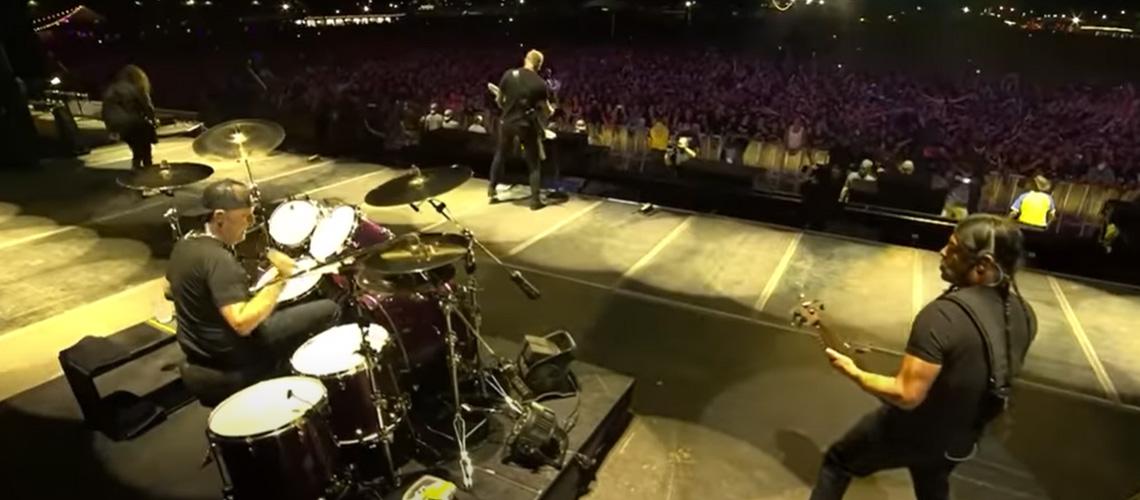 """Metallica: Pro-Shot Vídeo """"Ride The Lightning"""" e """"Moth Into Flame"""" Ao Vivo No Lowder Than Life"""